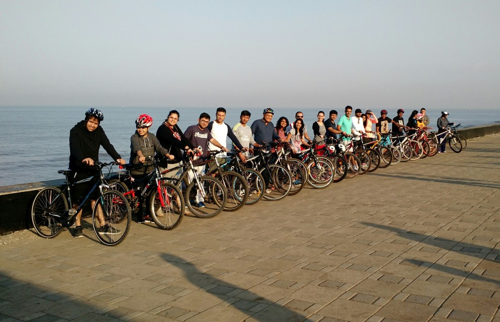 cycling in mumbai - Worli Sea Face