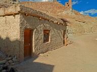 ladakh-leh-brown-muddy-house-1144444